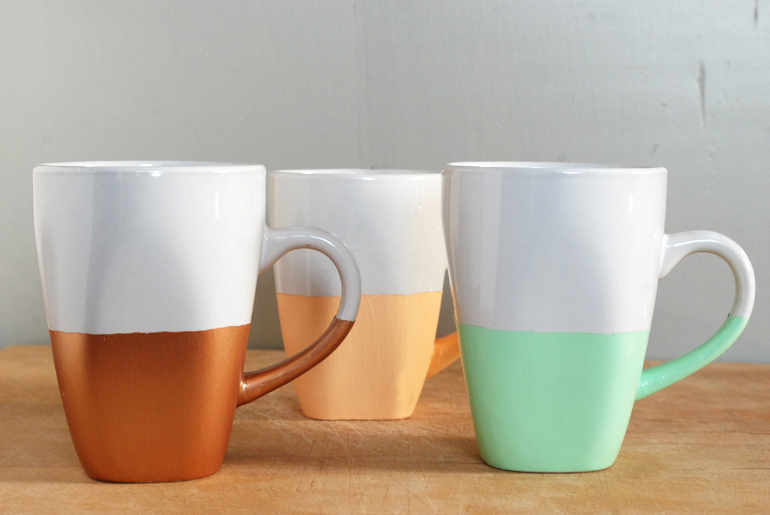 DIY-Paint-Dipped-Mugs-The-Merrythought1